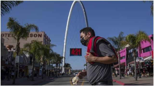 Imagen: Aumentan los muertos en Baja California por coronavirus, 19 de abril de 2020 (OMAR MARTÍNEZ /CUARTOSCURO.COM)