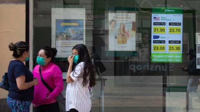 FOTO: Limitarán transporte público en Nuevo León por contingencia sanitaria, el 25 de abril de 2020