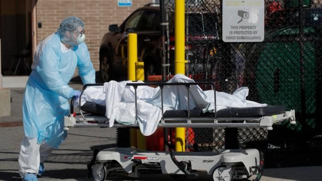 Foto: EEUU supera los 10.000 fallecidos por coronavirus