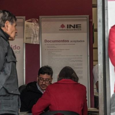 Continúa suspendido trámite para credenciales del INE por coronavirus