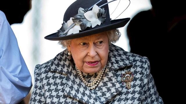Foto: La reina Isabel II durante su mensaje sobre el coronavirus, 18 abril 2020
