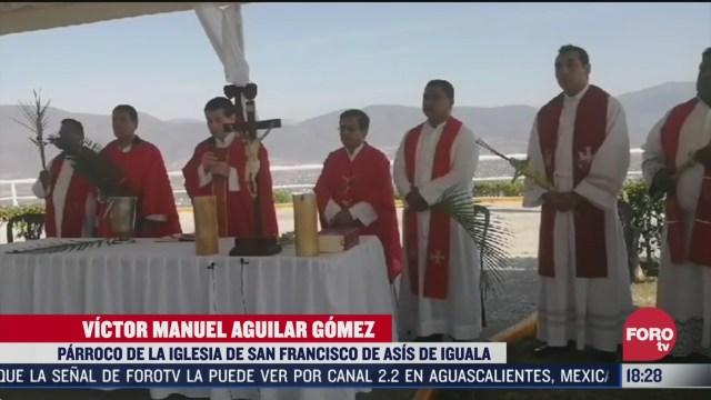 FOTO: 5 de abril 2020, sacerdotes de guerrero celebran el domingo de ramos en iguala
