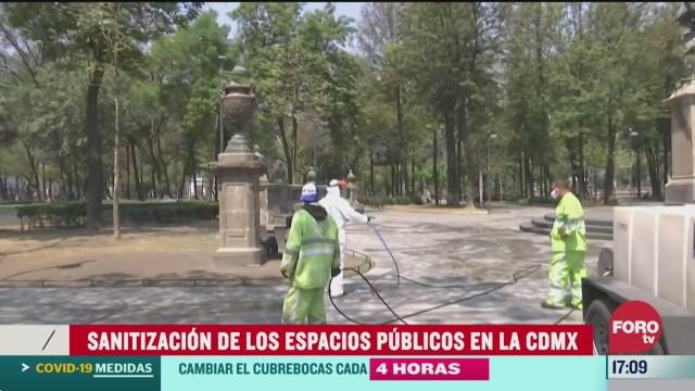 FOTO: sanitizan espacios publicos en centro de la cdmx para mitigar brote de coronavirus