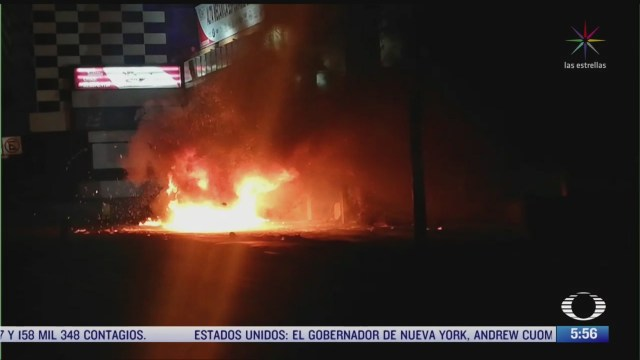 se incendia camioneta en periferico norte en la cdmx