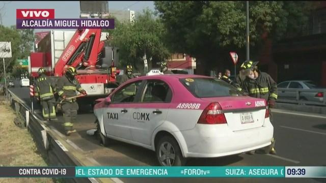 taxi se accidenta en viaducto miguel aleman