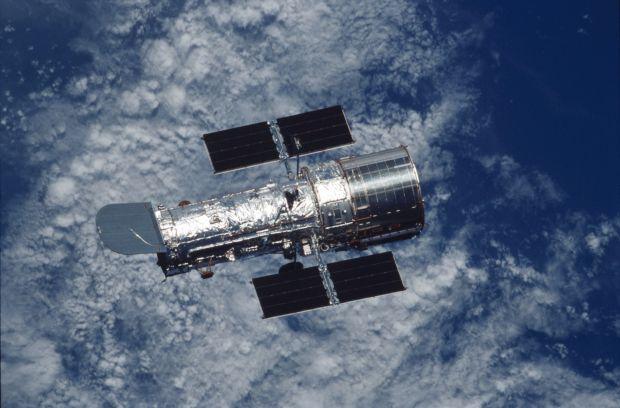 Telescopio Hubble cumple 30 años de su lanzamiento