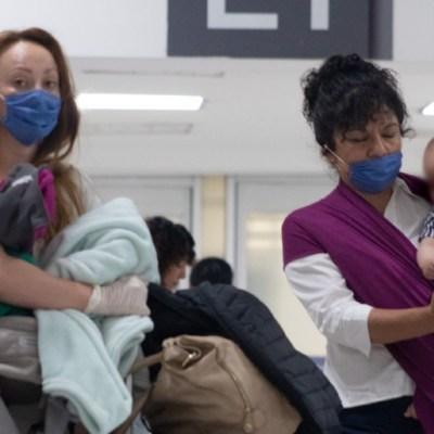 SRE pide a mexicanos con residencia en EEUU evitar viajes no esenciales a México por coronavirus