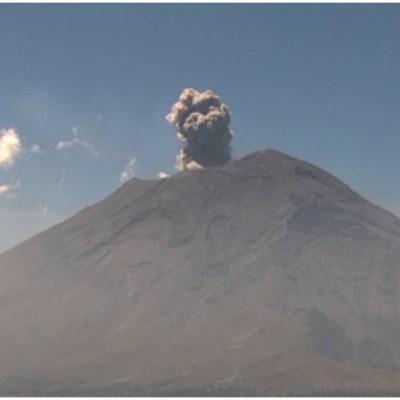 Se registra explosión en el Popocatépetl tras erupción del Volcán Krakatoa