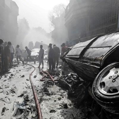 Sobrevivente cuenta el horror que vivió durante accidente de avión en Pakistán