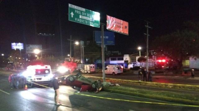 Accidente automovilístico sobre Periférico Sur. (Foto: @memosegura11)