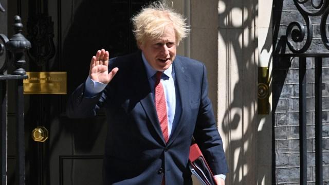 FOTO: Boris Johnson defiende a asesor señalado por romper confinamiento, el 24 de mayo de 2020