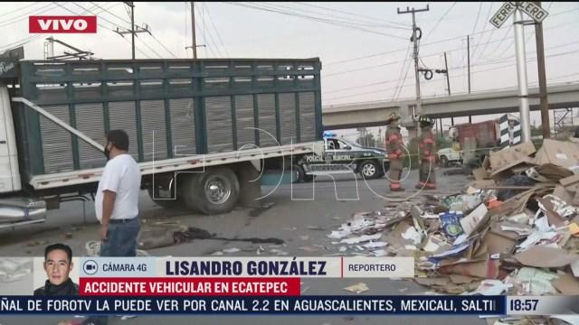 FOTO: choque entre camion y tren deja un muerto en ecatepec