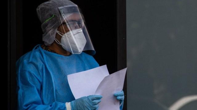 Pasantes denuncian que los obligan a regresar a hospitales pese a coronavirus