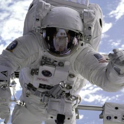 NASA busca voluntarios para 8 meses de aislamiento social en nave espacial