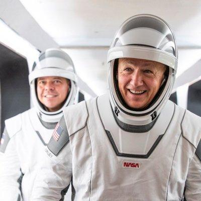 ¿Quién es José Fernández, el mexicoamericano que diseñó los trajes de los astronautas de la NASA?