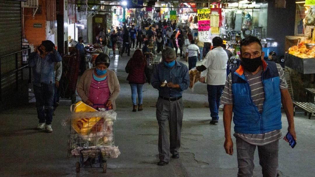Foto: López-Gatell anuncia que se aplanó la curva de contagios del coronavirus