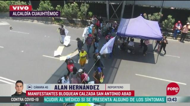 FOTO: manifestantes bloquean ambos sentidos de la calzada san antonio abada