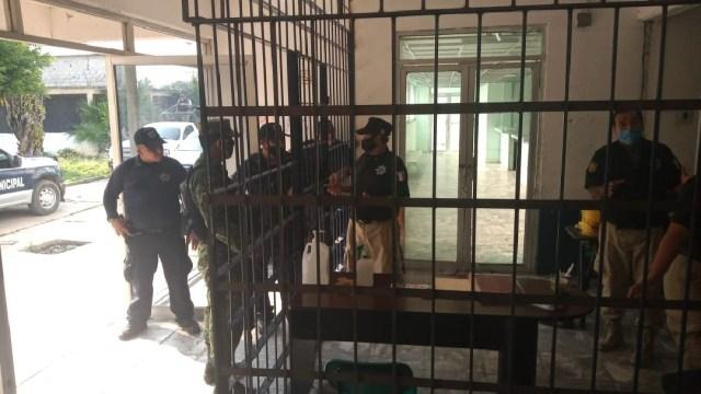 Foto: Recapturan a cuatro reos de penal de Macuspana, Tabasco, 16 de mayo de 2020, (Twitter @Tabasco_Hoy)