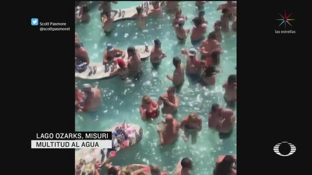 Cientos de personas en fiesta en Lago Ozarks, Missouri