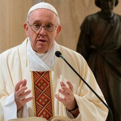Papa Francisco pide a religiones rezar para fin de las pandemias
