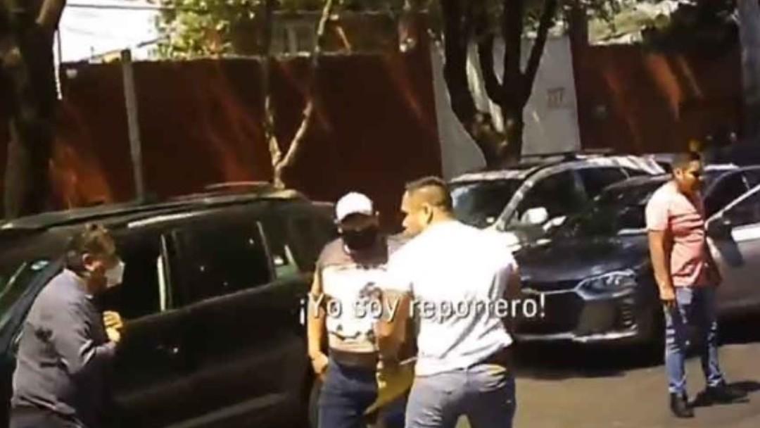 Policías de la CDMX agreden a un reportero de Televisa. Noticieros Televisa