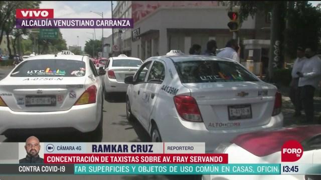 FOTO: se concentran taxistas en avenida fray servando de la cdmx