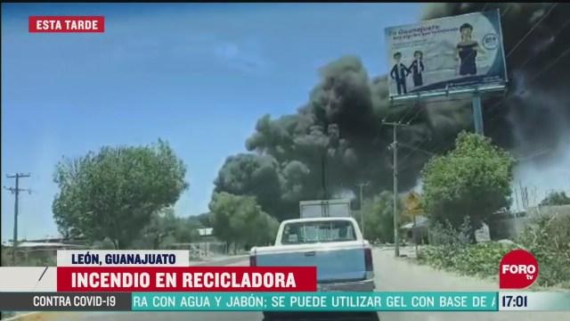 FOTO: 24 de mayo 2020, se registra fuerte incendio en planta recicladora en leon guanajuato