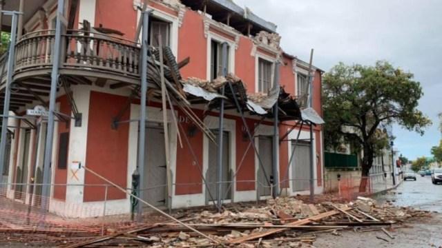 Fachada del Museo de la Masacre de Ponce queda destruído tras el temblor de este sábado en Puerto Rico. (@RAMOSYOLANDA)