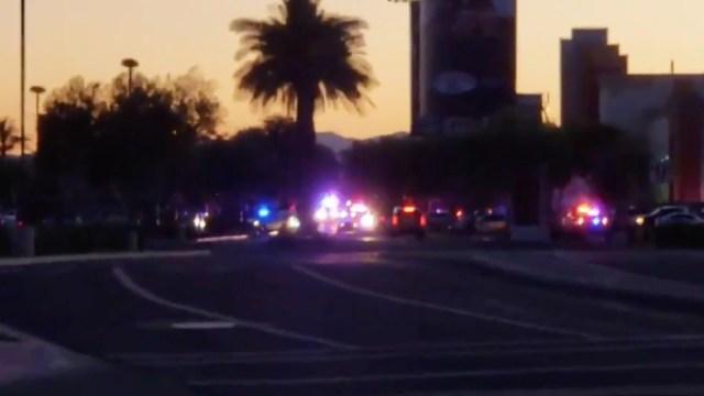 Tiroteo en centro comercial de Arizona deja al menos tres heridos