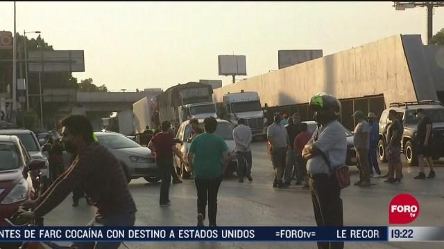 Manifestantes denuncian olor a gasolina en Río Consulado