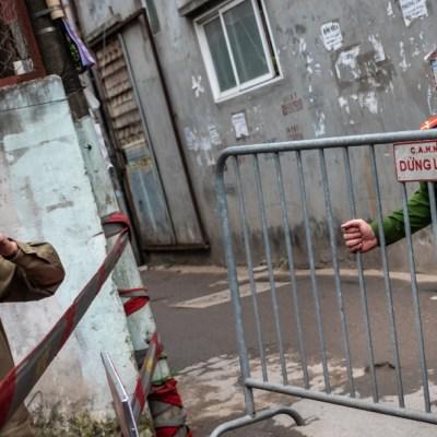 FOTO: Detienen a 26 en Francia y Bélgica por muerte de vietnamitas en camión, el 27 de mayo de 2020