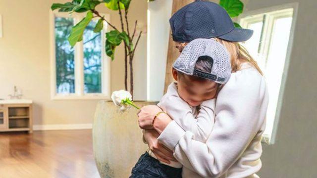 Youtuber devolvió a su hijo adoptado para que fuera reubicado en otra familia