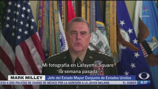 alto militar estadounidense lamenta foto con trump