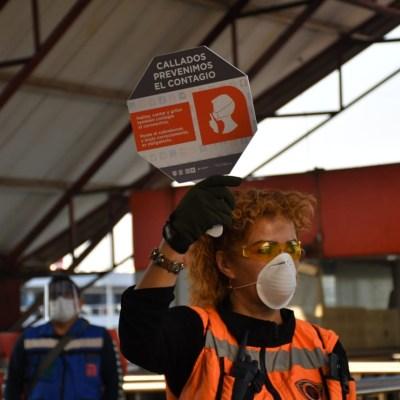 Metro de CDMX pide a usuarios permanecer callados para evitar contagios de coronavirus