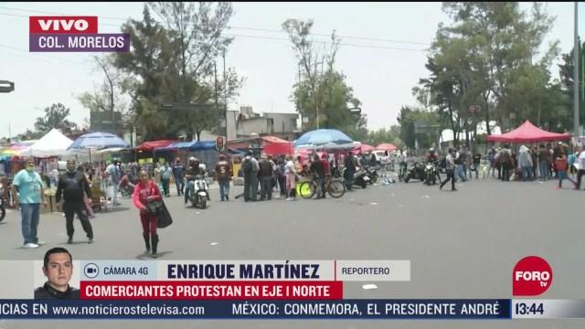 FOTO: comerciantes de tepito exigen se les permita trabajar en via publica