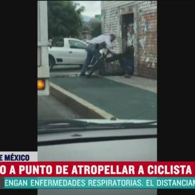 Conductor golpea a ciclista luego de que casi lo atropella