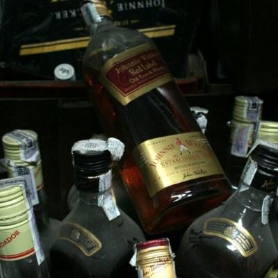 Foto: Mueren ocho personas por consumo de alcohol adulterado en Guerrero, 6 de junio de 2020, (Cuartoscuro, archivo)