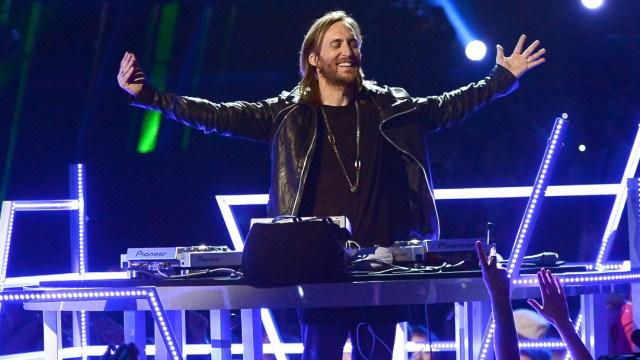 FOTO: David Guetta y 60 Dj's animarán un festival Tomorrowland virtual y en 3D, el 16 de junio de 2020