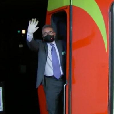 'Chofer feliz' del Metro CDMX anima a pasajeros en medio de la pandemia por COVID-19