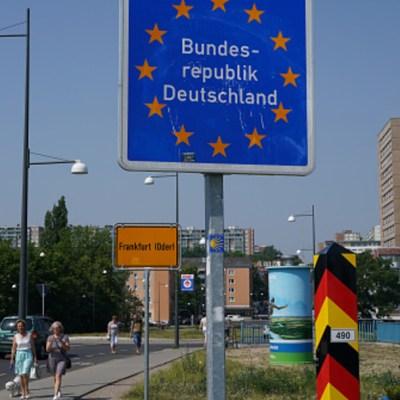 Alemania levantará sus controles fronterizos tras frenar propagación de coronavirus