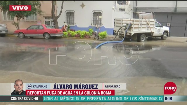 fuerte fuga de agua potable en la colonia roma cdmx
