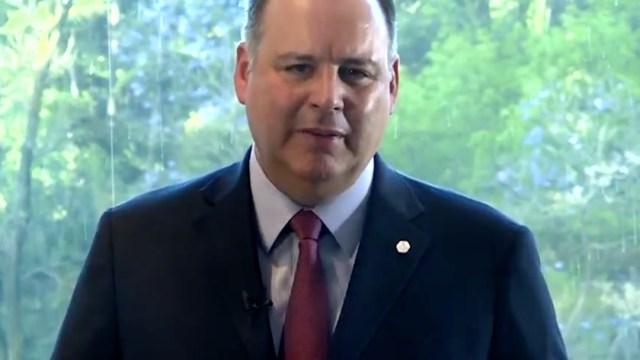 Gustavo de Hoyos, presidente de la Coparmex, denuncia políticas de AMLO ante el rey Felipe VI de España