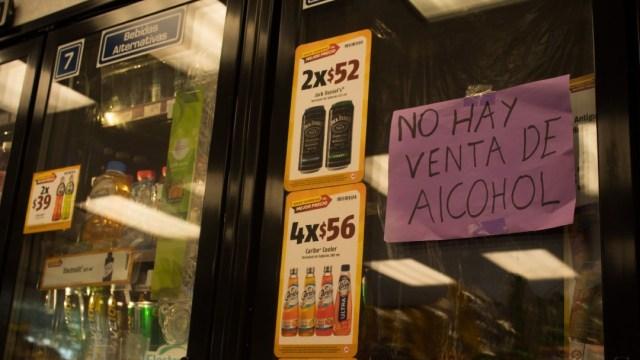 La alcaldía Magdalena Contreras informó que hasta el 15 de junio se suspende la venta de bebidas alcohólicas. (Foto: Cuartoscuro)