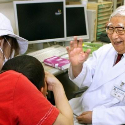 Muere pediatra que descubrió la enfermedad de Kawasaki