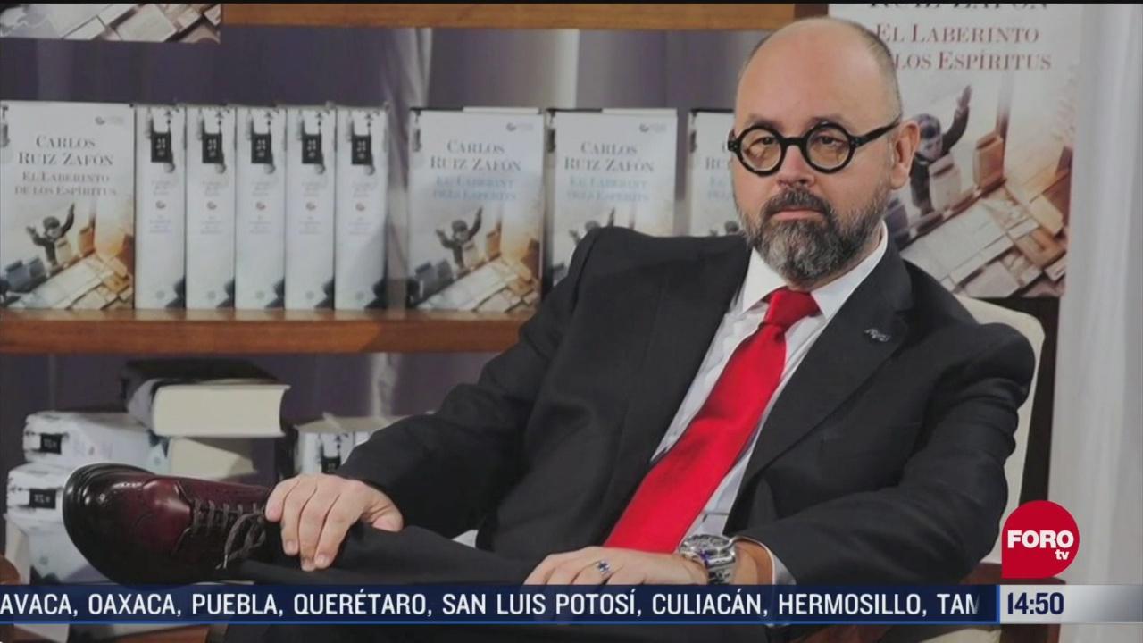 FOTO: muere el escritor espanol carlos ruiz zafon