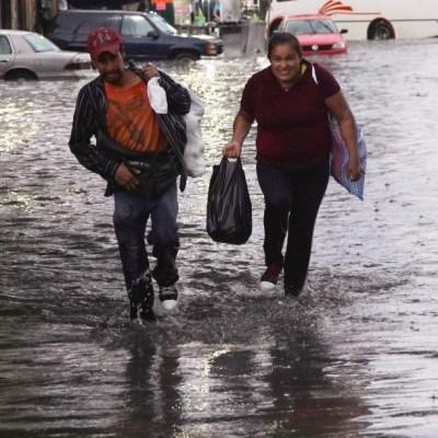 Onda tropical 7 provocará lluvias fuertes en México