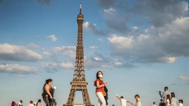 Francia renuncia al desfile del 14 de Julio por el coronavirus; realizará una ceremonia