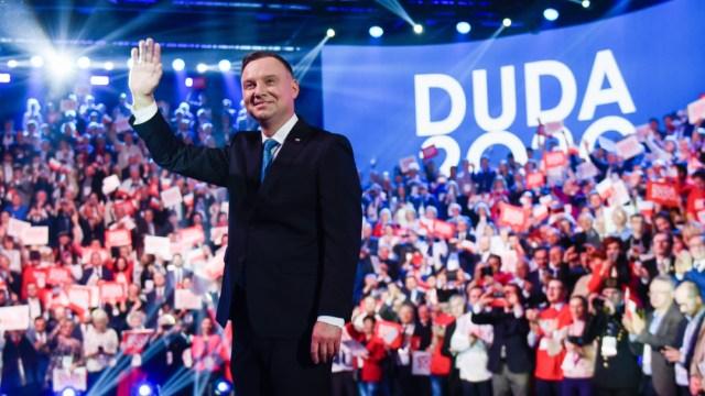 FOTO: Andrzej Duda, presidente polaco, dice que LGBT es peor que el comunismo, el 13 de junio de 2020