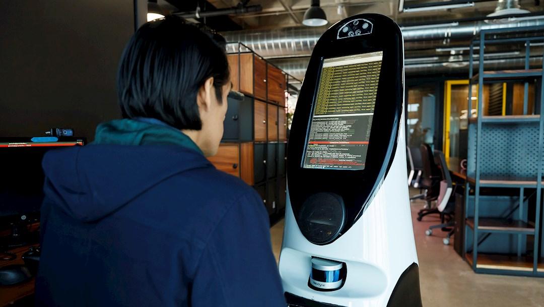 Robot mexicano, herramienta útil en batalla contra COVID-19