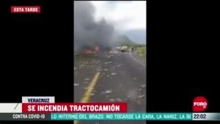 FOTO: 21 de junio 2020, se incendia tractocamion en la autopista puebla cordoba hay tres heridos